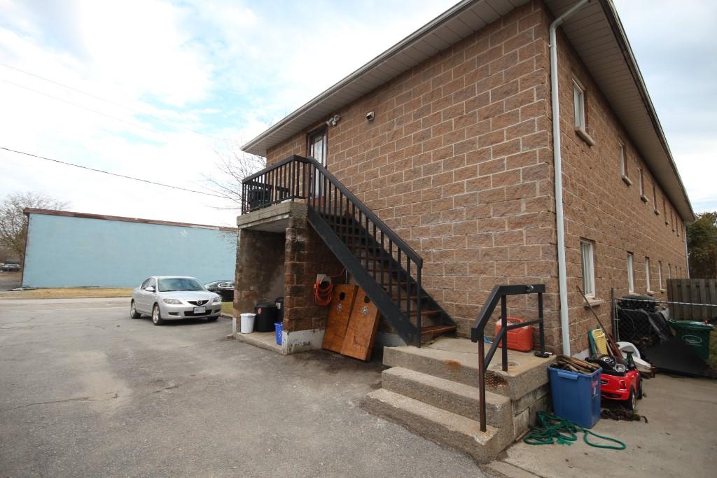 32/34 Hannah St, Quinte West Ontario