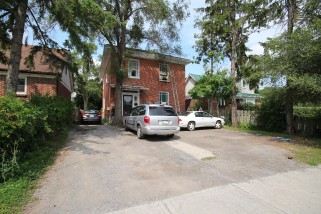 172 Moira St West, Belleville Ontario