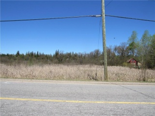 518 Highway, Emsdale Ontario, Canada