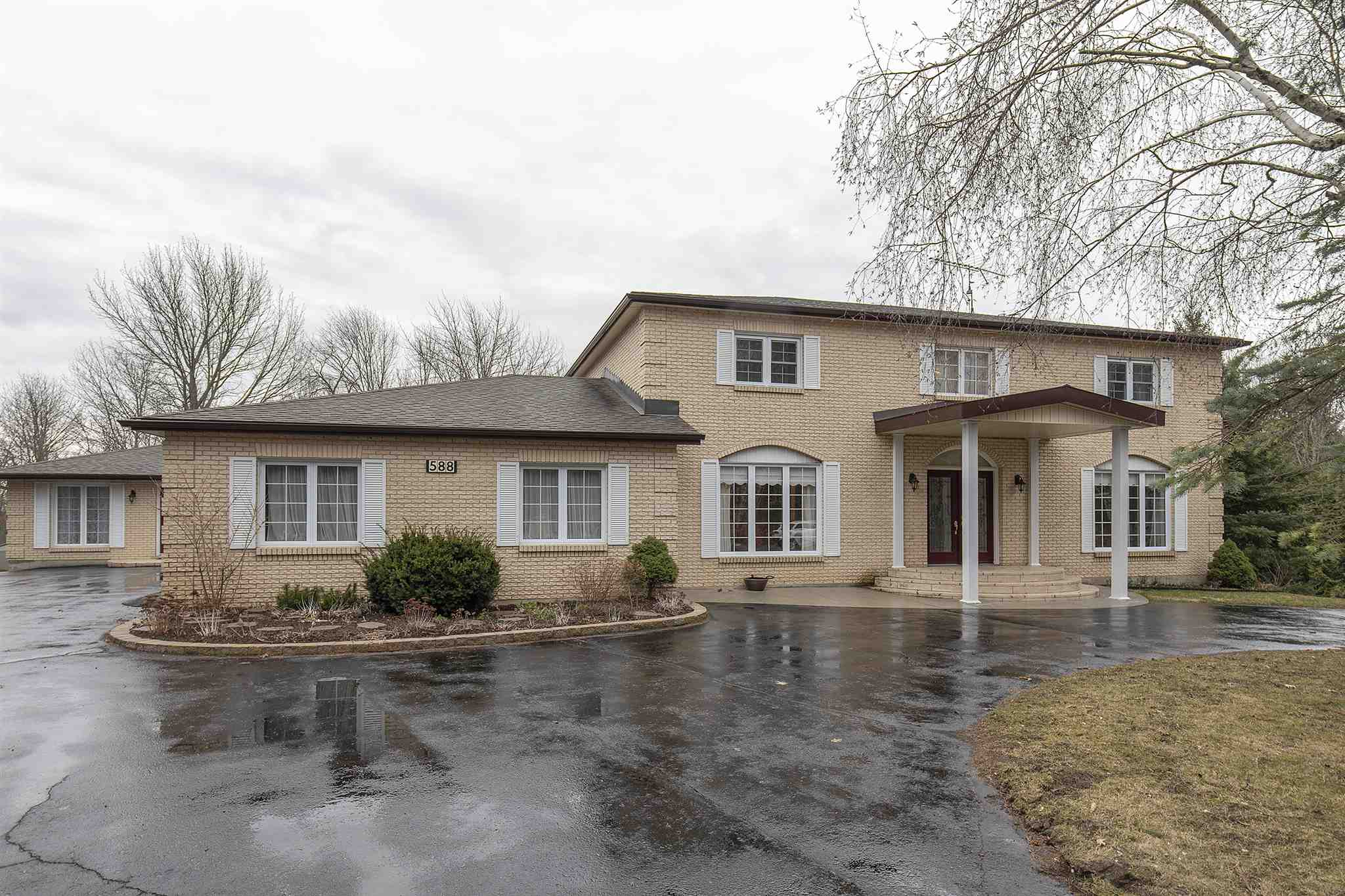 588 River Ridge Drive, Kingston, Ontario, Canada