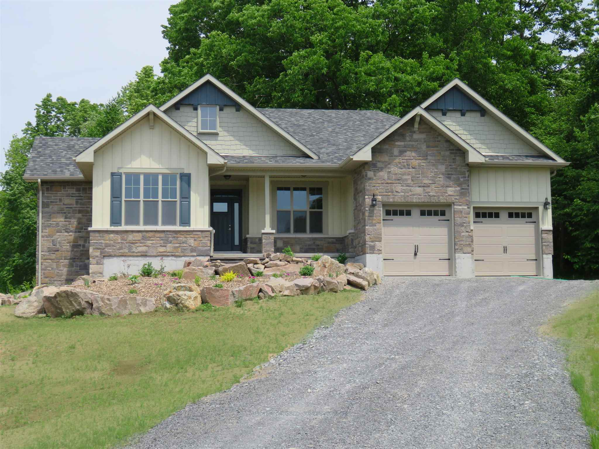 1071 Cranberry Cove Lane, South Frontenac Ontario, Canada