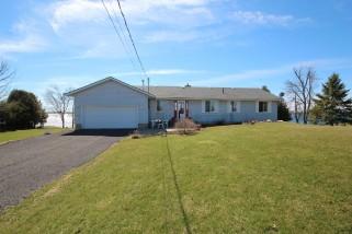 213 GOODFRIEND DR, Howe Island Ontario, Canada