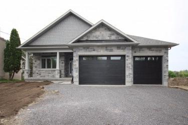 1275 WOODBINE RD, Kingston Ontario, Canada