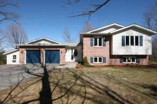 1448 RICKARDS RD, South Frontenac Ontario