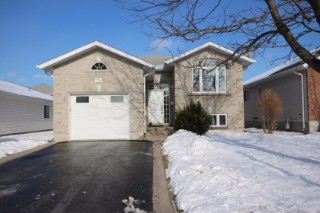 236 LANGFIELD ST, Kingston Ontario, Canada