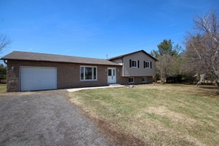 2324 Outlet Rd, Leeds & 1000 Islands Township Ontario