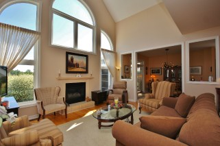 57 COUNTRY CLUB DR, Bath Ontario, Canada