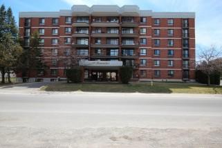 14 Greenview Dr  304, Kingston Ontario