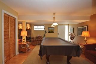 239 HONEYWOOD AVE, Kingston Ontario, Canada