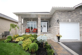 1258 MAZZOLIN CRES, Kingston Ontario