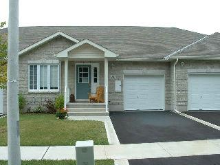 82 Ellesmere Ave, Kingston Ontario, Canada