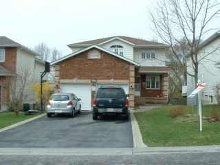1011 Finch St, Kingston Ontario, Canada