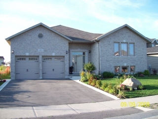 1079 GREENWOOD PARK DR, Kingston Ontario, Canada