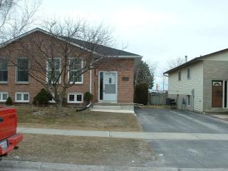 607 DAVIS DR, Kingston Ontario, Canada