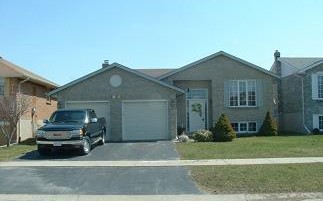 1024 PALMERSTON CRES, Kingston Ontario, Canada