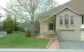 1094 Featherstone Crt, Kingston Ontario, Canada