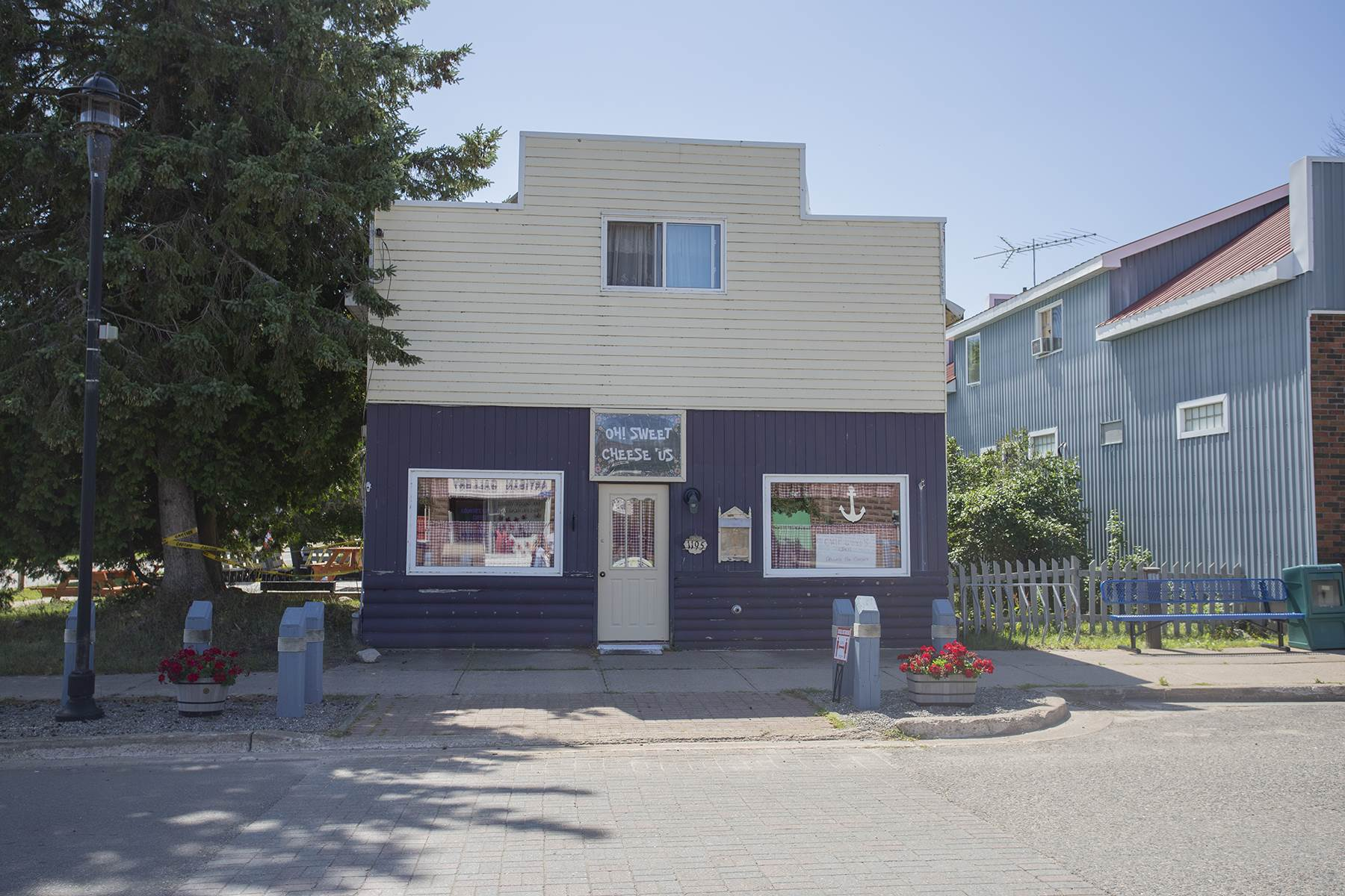 1195 Richard Street, Richards Landing Ontario, Canada