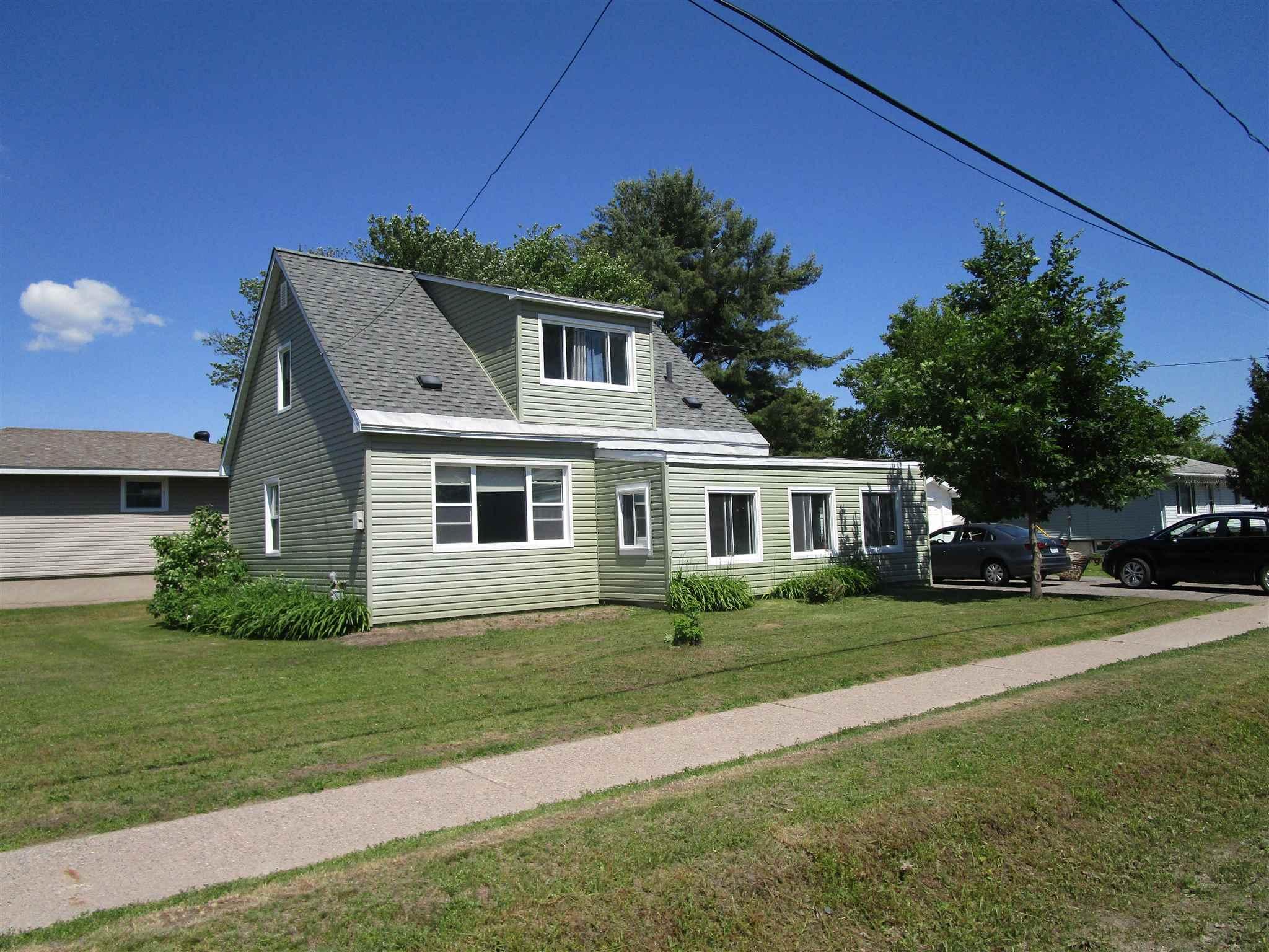 88 Adeline Avenue, Sault Ste. Marie Ontario, Canada
