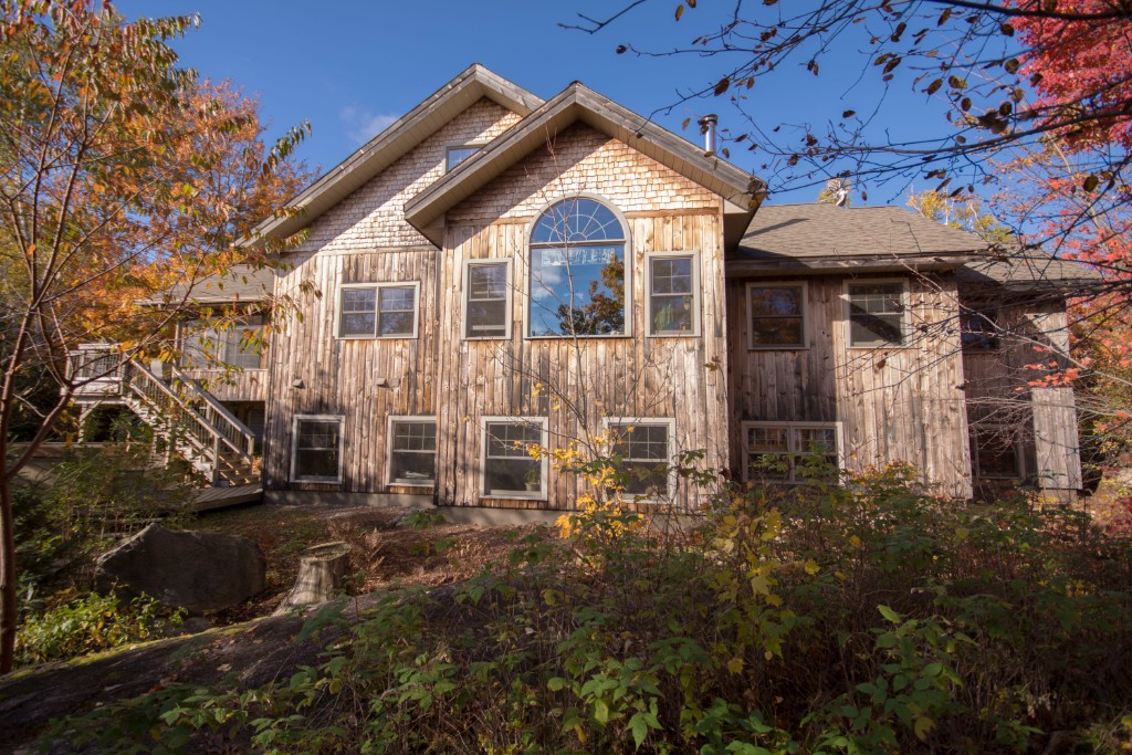1409 Indian Point Rd, Haliburton Ontario