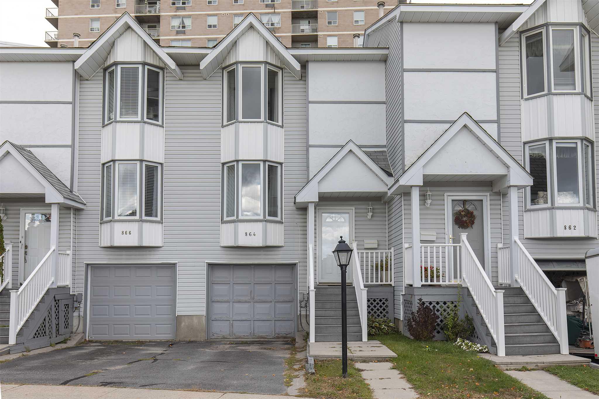 864 Winchester Lane, Kingston, Ontario, Canada