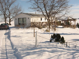 7116 arkona rd, Arkona Ontario, Canada