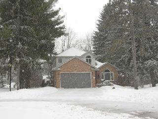 221 Marla Ct, Strathroy Ontario, Canada