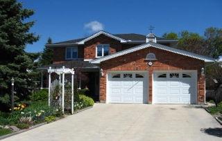 111 Moffatt La, Strathroy Ontario, Canada