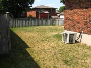 218 Oak Av, Strathroy Ontario