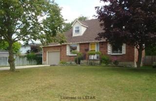241 Park St, Strathroy Ontario