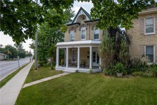 189 FRONT Street W, Strathroy Ontario, Canada