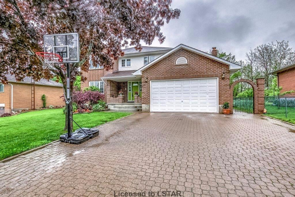 215 Munroe St, West Lorne Ontario, Canada
