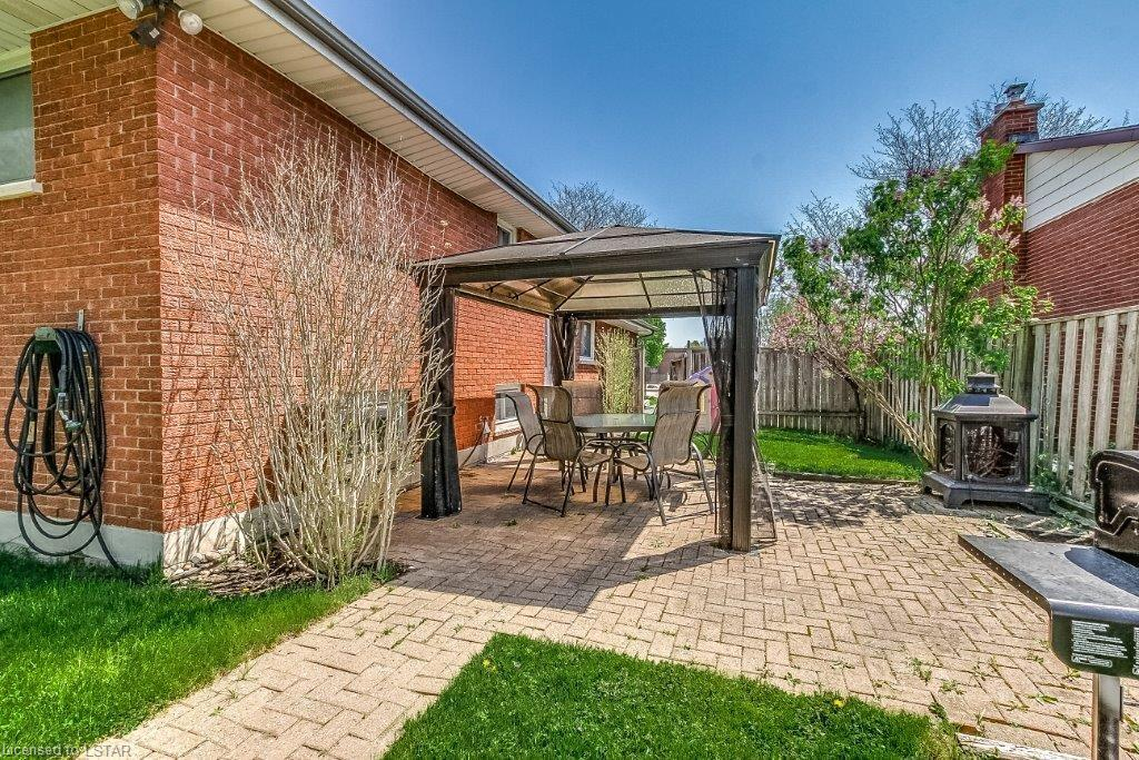 81 St Lawrence Boulevard London Ontario Property Details
