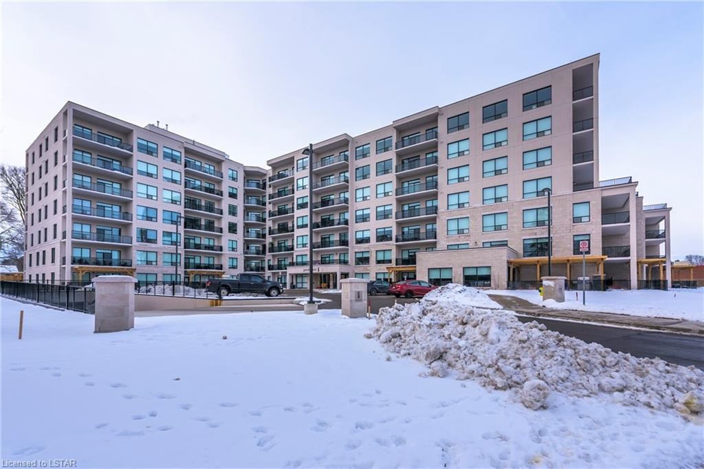 1200 Commissioners Road W Unit# 402, London Ontario, Canada