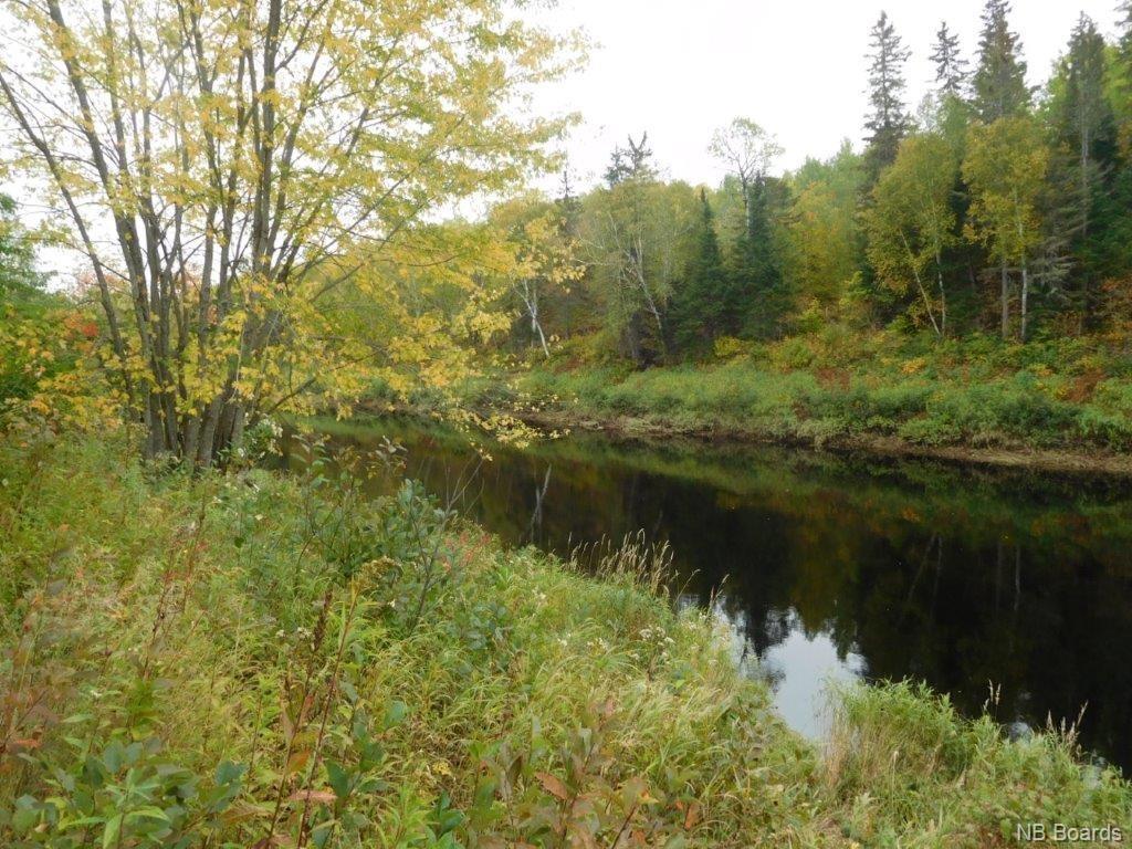 - Riverside Lane, Hunters Home New Brunswick, Canada
