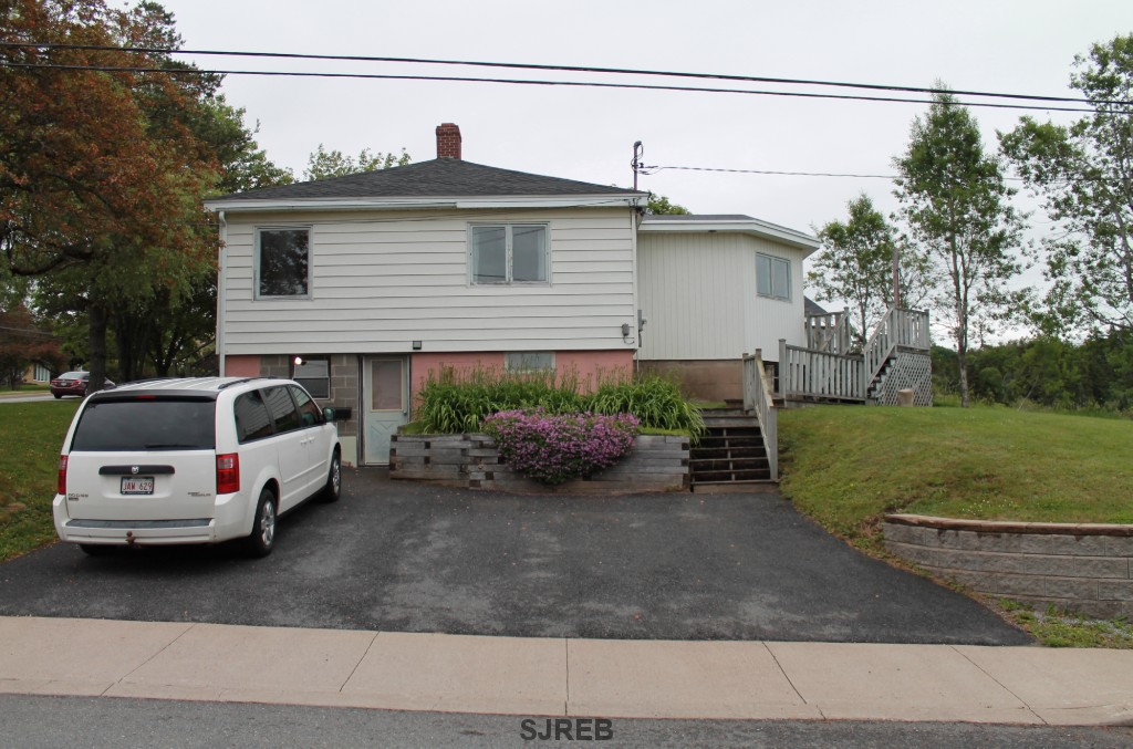 345 Manchester Avenue, Saint John New Brunswick