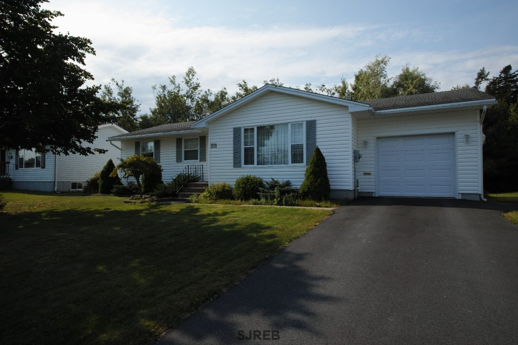 371 WOODWARD AVENUE, Saint John New Brunswick, Canada