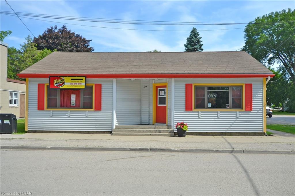 29 Wellington Street, Port Burwell Ontario, Canada
