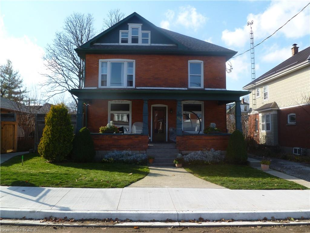 102 Kent Street N, Simcoe Ontario, Canada