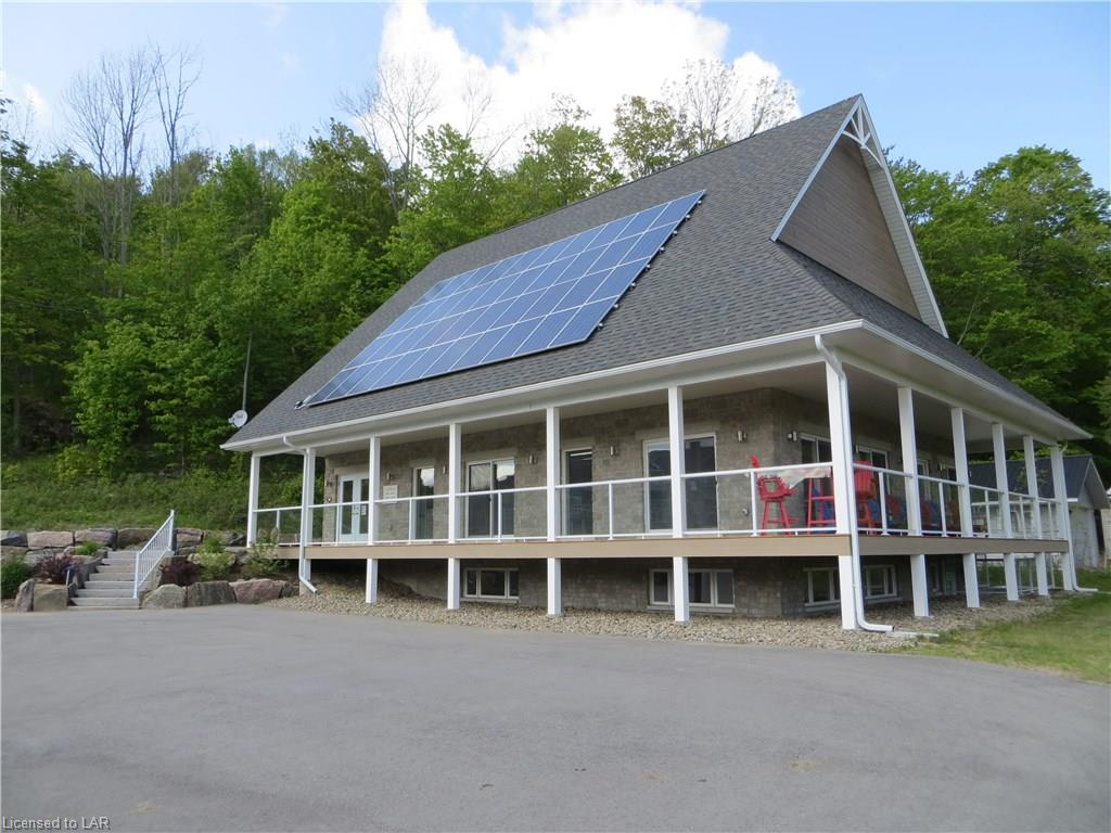 44 WEBB Circle, Haliburton Ontario, Canada