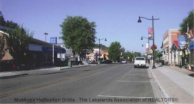 192 HIGHLAND ST, Haliburton Ontario