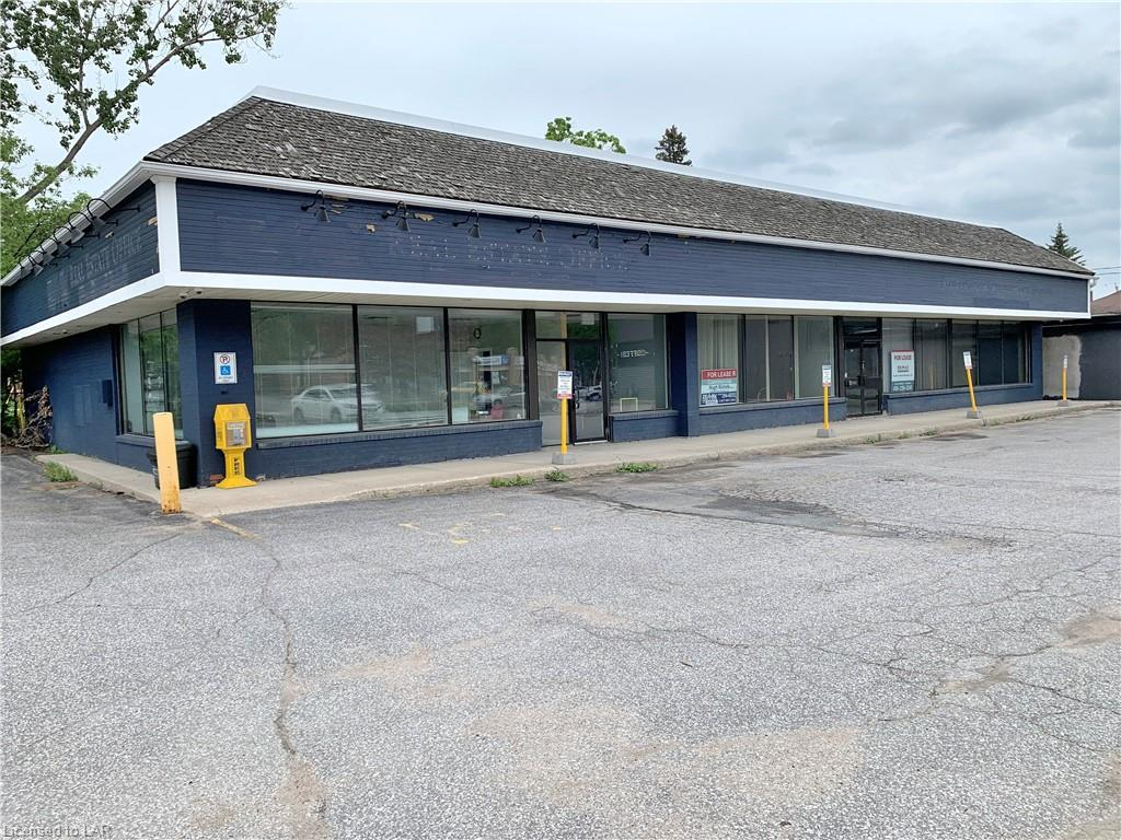 205 MANITOBA Street Unit# 2, Bracebridge, Ontario, Canada