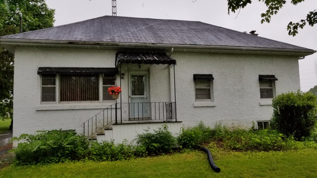 395 moira st west, Belleville Ontario, Canada