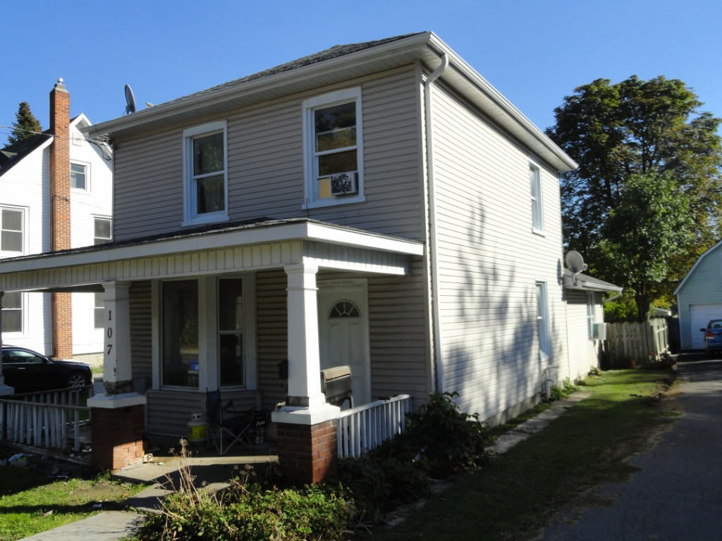 107 BRIDGE STREET WEST OTHER, Belleville Ontario, Canada
