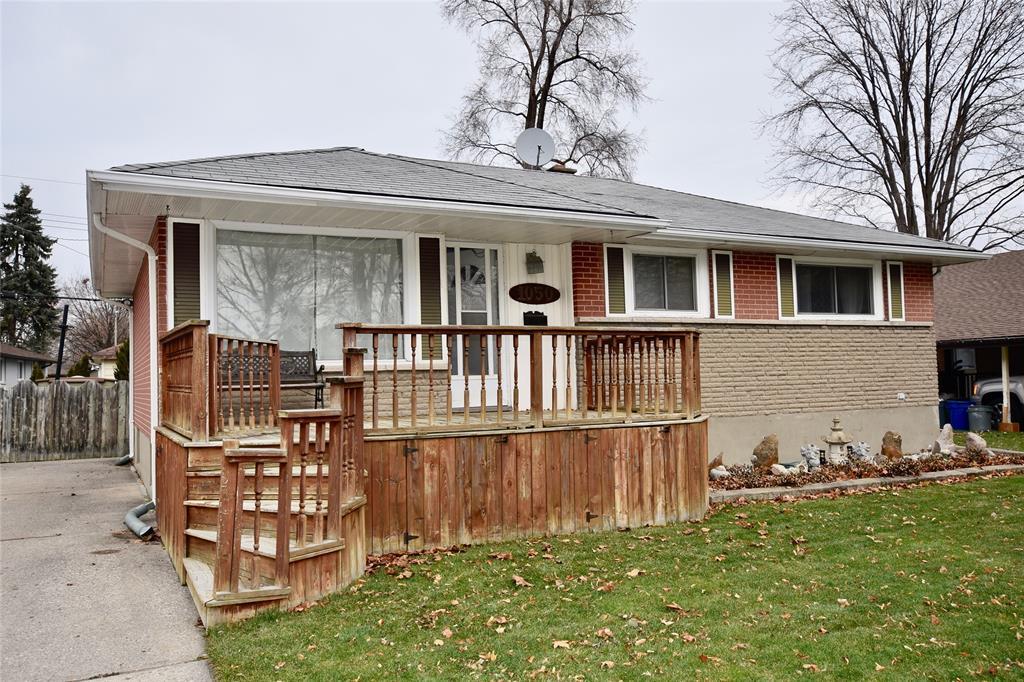 1050 THOMPSON Street, Sarnia, Ontario, Canada