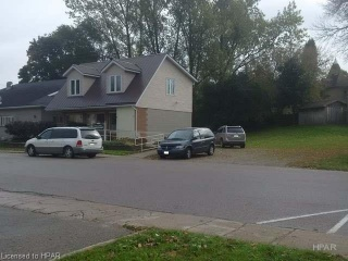 160 King Street W, Mount Forest Ontario, Canada