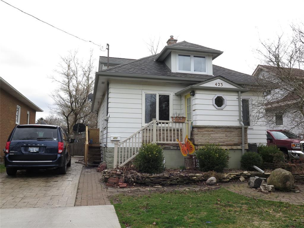 423 DAVIS Street, Sarnia Ontario, Canada