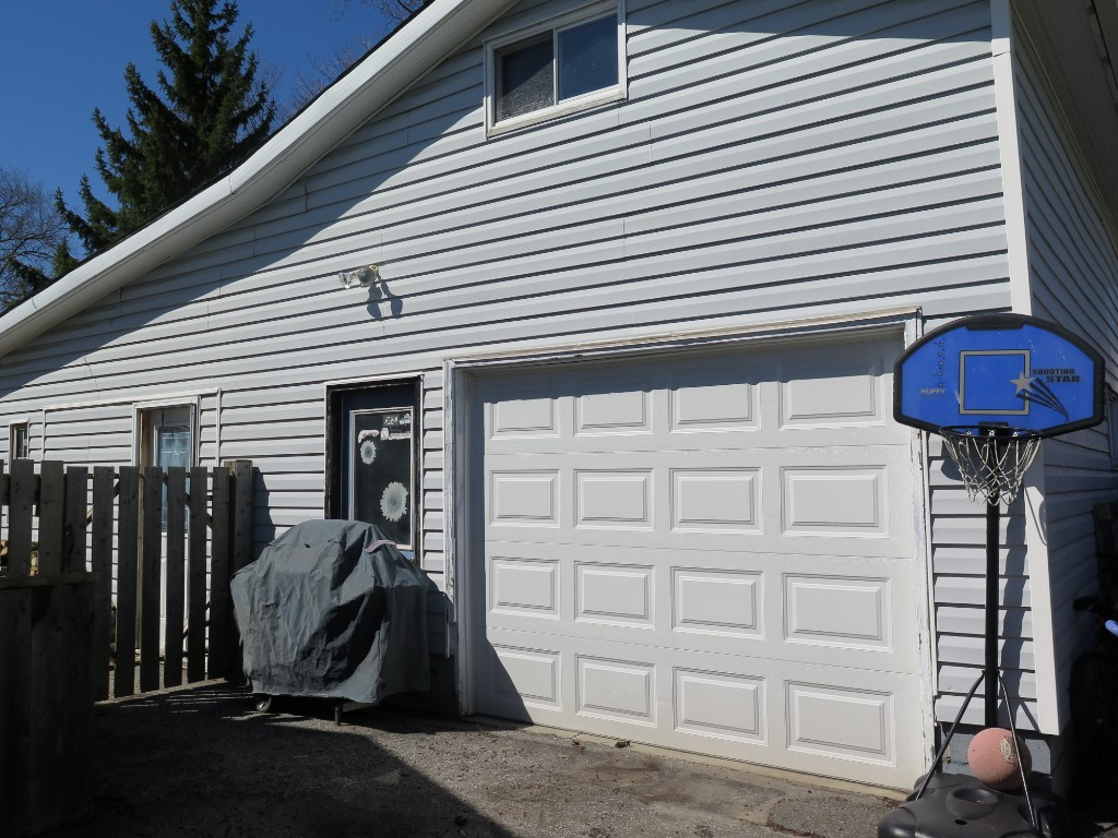 4158 Robert St, Petrolia Ontario