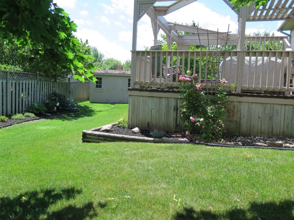 4071 Pine Cres, Petrolia Ontario
