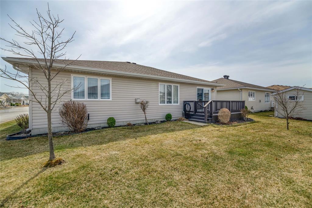 5700 BLACKWELL Sideroad Unit# 131, Sarnia, Ontario, Canada