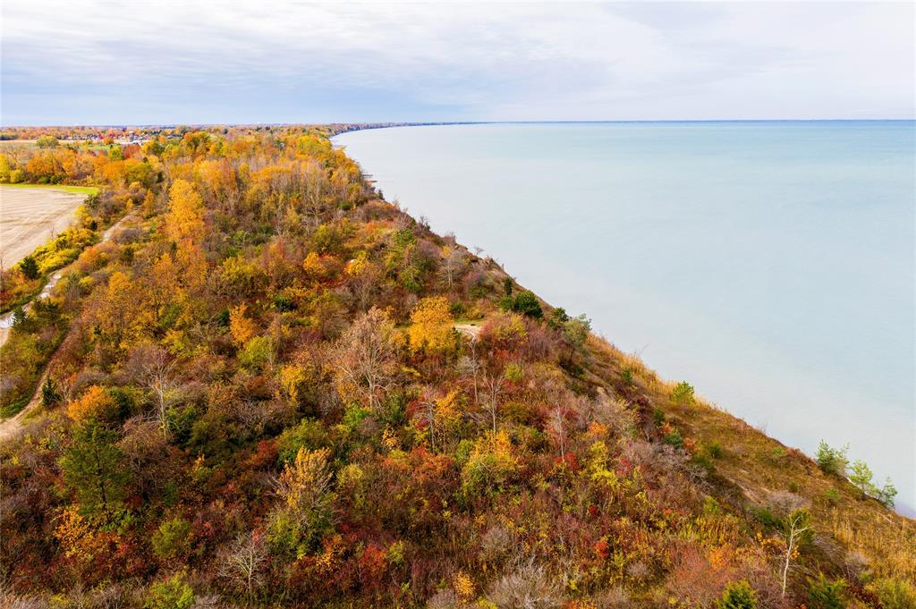 LOT 17-A BLUE COAST Heights, Plympton-Wyoming, Ontario, Canada